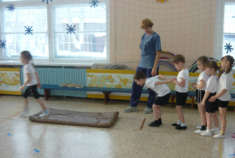 Картинки дети на физкультурном занятии